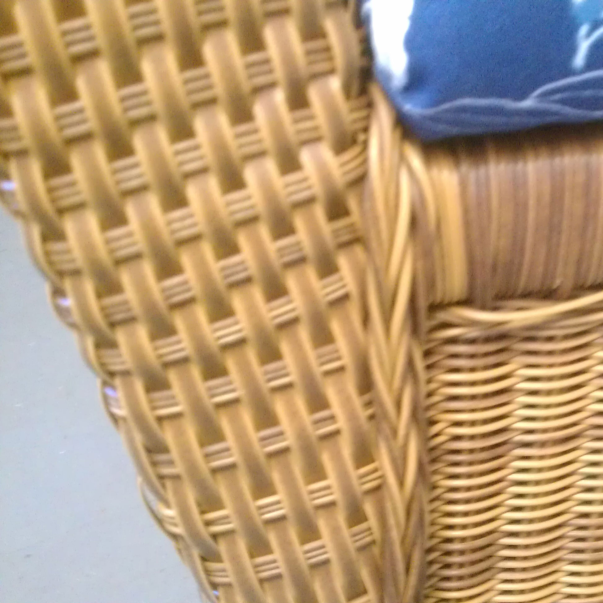 What is the difference between wicker and rattan for Difference between rattan and wicker furniture