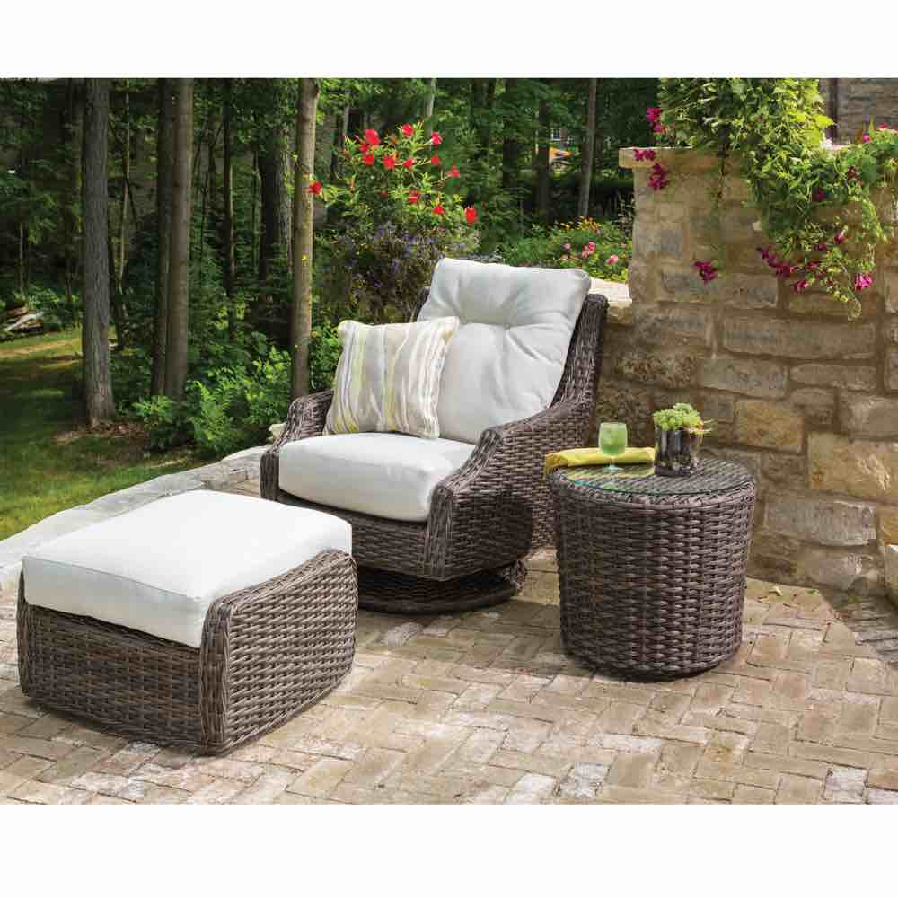 Fabulous Largo Outdoor Wicker High Back Swivel Lounge Chair Gmtry Best Dining Table And Chair Ideas Images Gmtryco