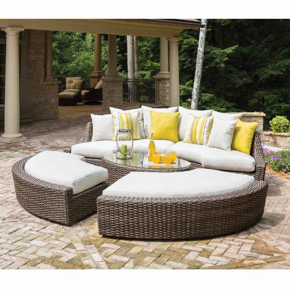 Lloyd Flanders Outdoor Wicker Right Arm Curved Sofa Sectional